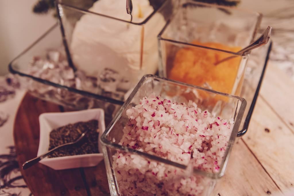 Katajanokan Ksion joulupöydän mätipöytä